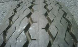 B78-13ST Trailer Tire. 5 bolt pattern . Never been run.