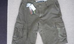 Triple Five Soul Cargo Style Shorts Green / Size 32 NEW with TAGS still on them. Located in Barrhaven