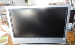 """32 """" SONY H D TV with remote flat panel excellent working condition"""