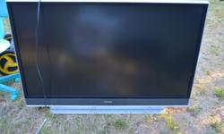 "Hitachi 50VS69A - 50"" projection TV that may need a bulb"