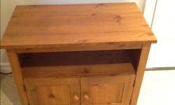 """Wooden cabinet Excellent condition H-24"""". W-29"""". D-17"""". There are also wheels that can be put on"""