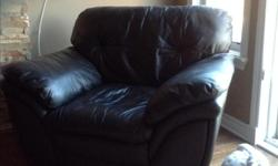 Black bonded leather love seats and chair. Good condition.