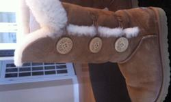 UGG Australian Boots Bailey Triple Button Boot Chesnut Color Ladies - Size 8 Excellent condition.........$170.00   Cozy twin-faced sheepskin is crafted into a favorite tall boot and fitted with three wooden buttons for an easily cuffed option