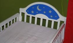 Toddler bed, mattress and mattress protector in excellent used condition