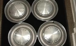 """Make Chrysler Set of 4 Chrysler Hub Caps (15"""") from a 1975/1976 Chrysler Newport (like the one in the pictures)"""