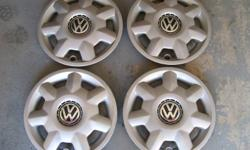 14inch hubcaps off 1998 Volkswagon Golf Good condition