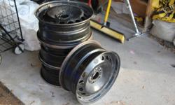 Fits 2005 Volvo S40 or similar:  6 1/2J*16*43.  Good condition.  Priced for quick sale.