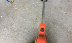 Good condition grass trimmer for sale, battery operated and cordless.