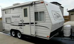 18.5 Ft. 2001 Westwind Lite Trailer:    3200lbs dry-----5000 gross. Excellent Condition, sleeps 6, lots of storage space! Newer tires and battery. Exceptionally clean Includes hitch if the price is right                     Asking 7,400.00 obo