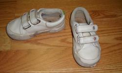 I have a White Pair of Runners Running Shoes Size 8 Toddler for sale! These would look great in your child's room or to give as a gift. Comes from a non-smoking household. Do not miss out on this excellent opportunity to get this for a fraction of the