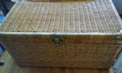"Wicker chest Used in good condition L 35.5 D 20"" H 20"""