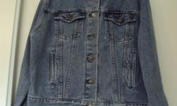 Womens Harley Davidson Jean Jacket Bought for $150 Never worn Size Large Check out my other ads