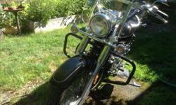 2006 VSTAR CLASSIC, 650cc, 3894 miles, crash bar, mint condition, great ride, no VSTAR markings